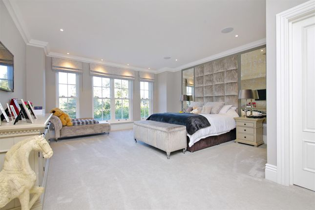 Bedroom 2 of Newlands Avenue, Radlett WD7