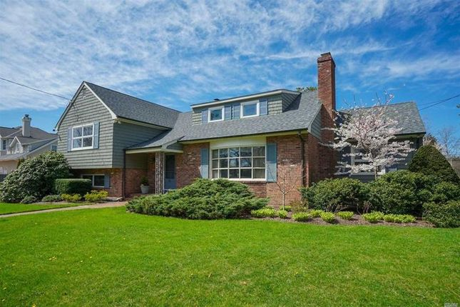 Thumbnail Property for sale in Islip, Long Island, 11751, United States Of America