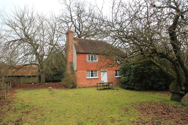 2 bed detached house to rent in Frittenden Road, Cranbrook, Kent