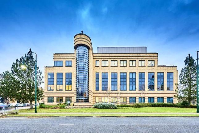 Thumbnail Office to let in Chester House, Farnborough Aerospace Centre, Farnborough