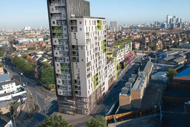 Bermondsey Works, Tower Apartments, London SE16