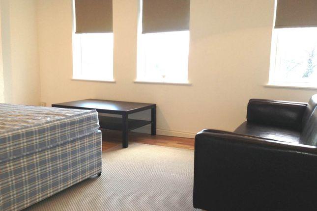 Thumbnail Studio to rent in Aylestone Road, Aylestone, Leicester