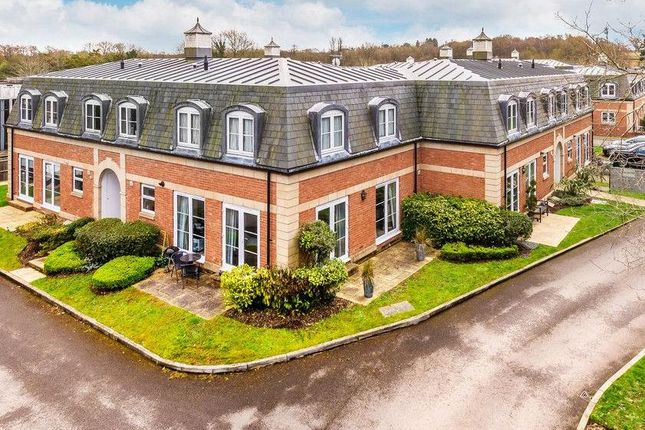 2 bed flat for sale in Crabbett Park, Worth, Crawley RH10