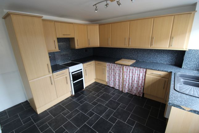 Thumbnail 3 bed flat to rent in Tower Street, Launceston
