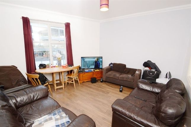 Thumbnail Duplex to rent in Wilmslow Road, Manchester
