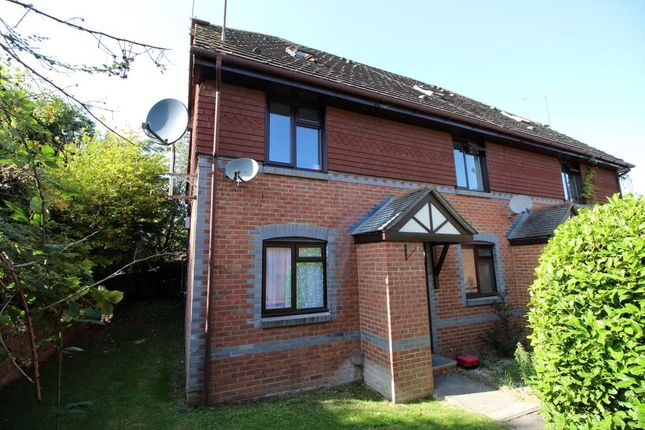 Thumbnail 2 bed flat for sale in Rowe Court, Grovelands Road, Reading