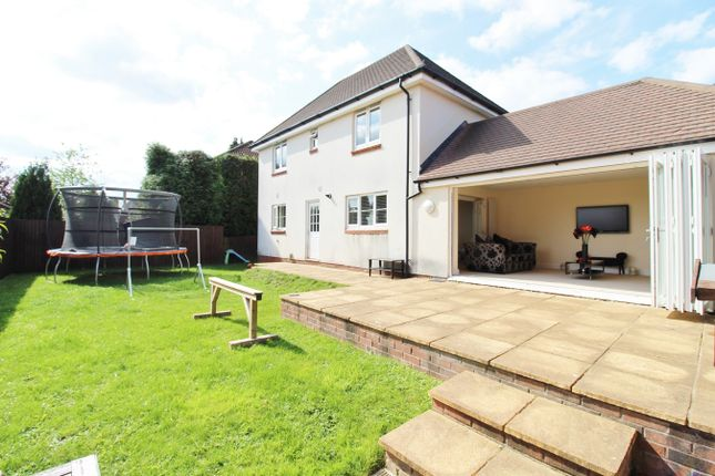 Thumbnail Detached house for sale in Ridgeway Park Road, Newport