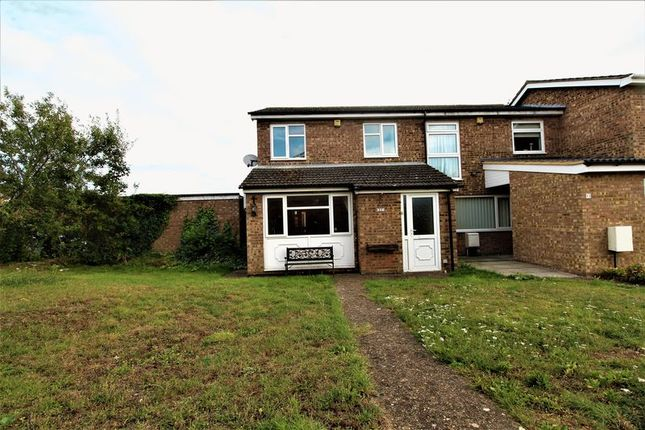 Thumbnail Terraced house for sale in Osprey Road, Biggleswade