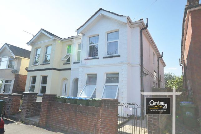 3 bed flat to rent in |Ref: 791|, Garton Road, Woolston SO19