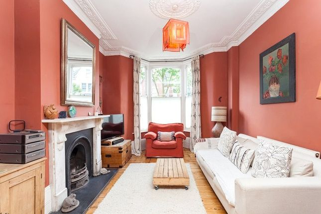 Thumbnail Property for sale in Yerbury Road, Archway, London