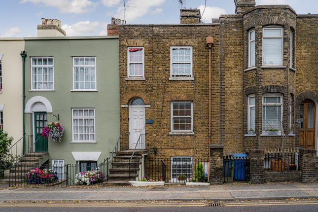 3 bed maisonette for sale in The Mall, Faversham ME13