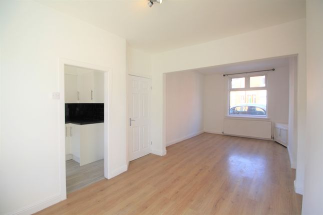 2 bed terraced house to rent in Phillip Street, Chester, Cheshire CH2