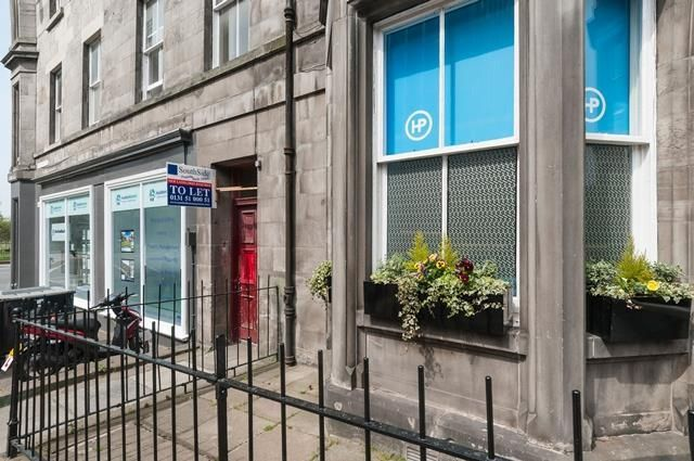 Thumbnail Flat to rent in Hope Park Terrace, Edinburgh