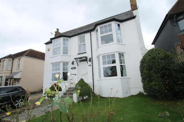 Thumbnail Detached house for sale in Holliers Hill, Bexhill-On-Sea