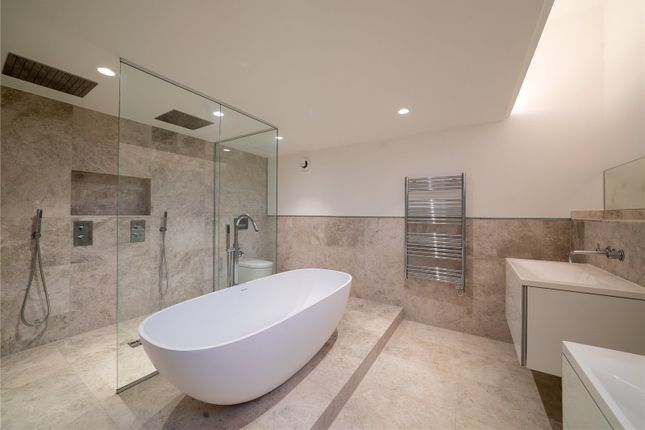Bathroom of Highbank, Green Walk, Bowdon, Cheshire WA14