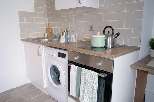 Thumbnail Property to rent in Headingley Lane, Headingley, Leeds