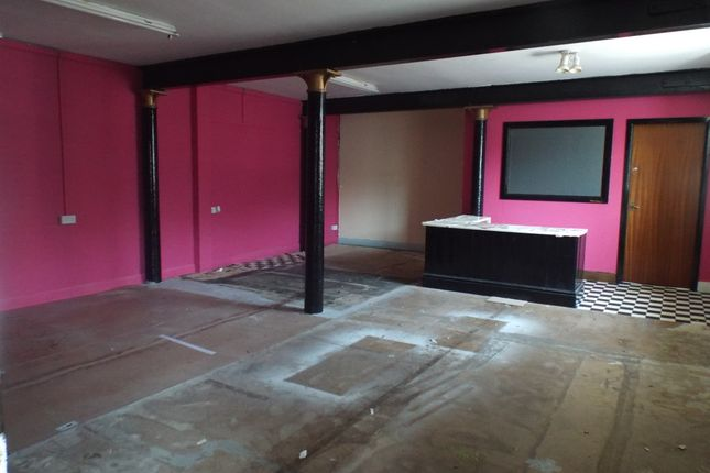 Retail premises to let in Garth Lane/Frederick Ward Way, Grimsby