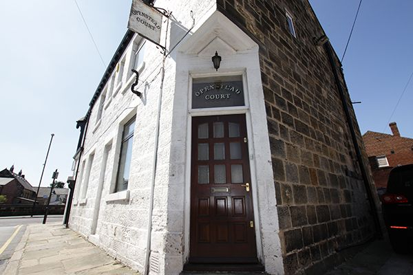 Thumbnail Flat to rent in Chapel Place, Headingley