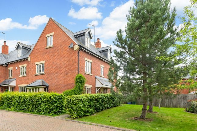 6 bed detached house to rent in Crab Tree Close, Bloxham, Banbury OX15