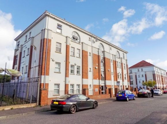 Thumbnail Flat to rent in 17D Musgrave Manor, Stockmans Lane, Belfast