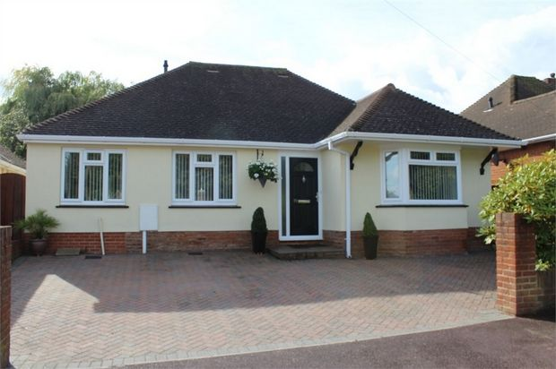 Thumbnail Detached bungalow for sale in Rowland Avenue, Darland, Gillingham, Kent