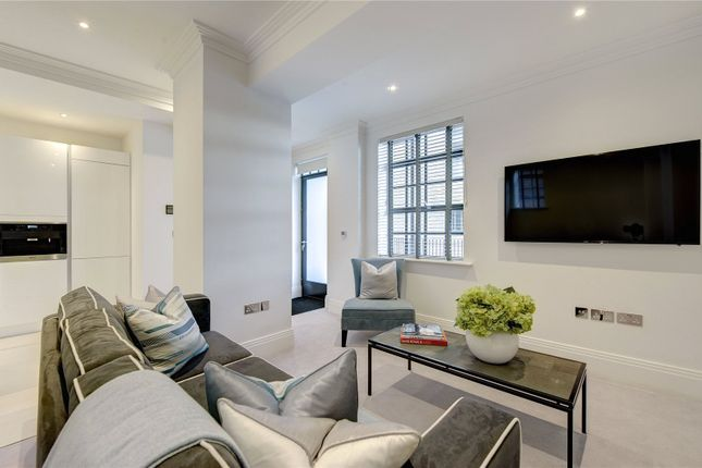 Thumbnail Flat to rent in Rainville Road, London