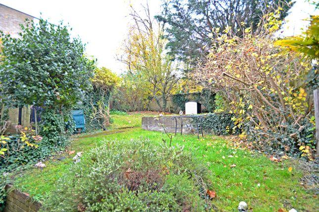 Dale Road Purley Surrey Cr8 3 Bedroom Semi Detached
