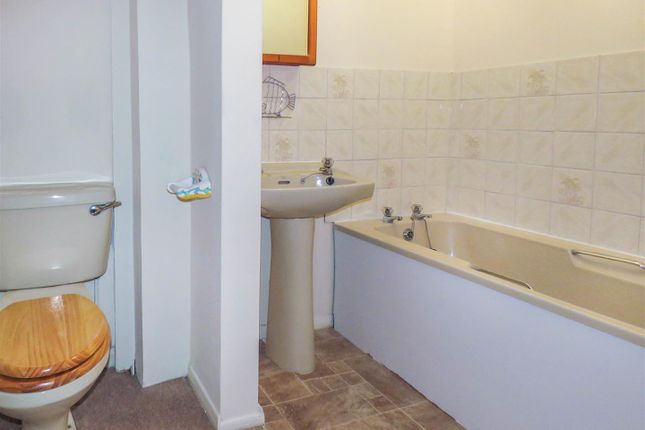 Bathroom of Great Whyte, Ramsey, Huntingdon PE26