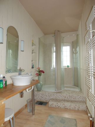 Shower Room 1 of Beckford Road, Bathwick, Bath BA2
