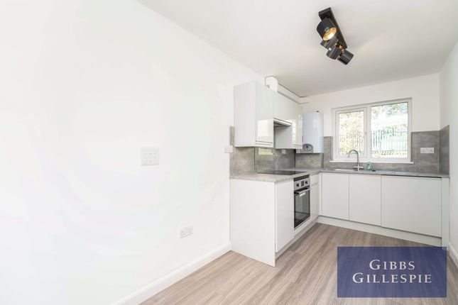 Thumbnail Maisonette to rent in Lowdell Close, West Drayton, Middlesex