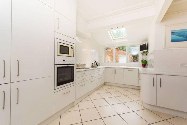 Thumbnail Property for sale in Grosvenor Road, Wallington
