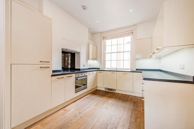 Thumbnail Town house to rent in St. John Street, London