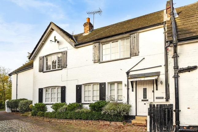 2 bed cottage to rent in Lime Grove, London N20