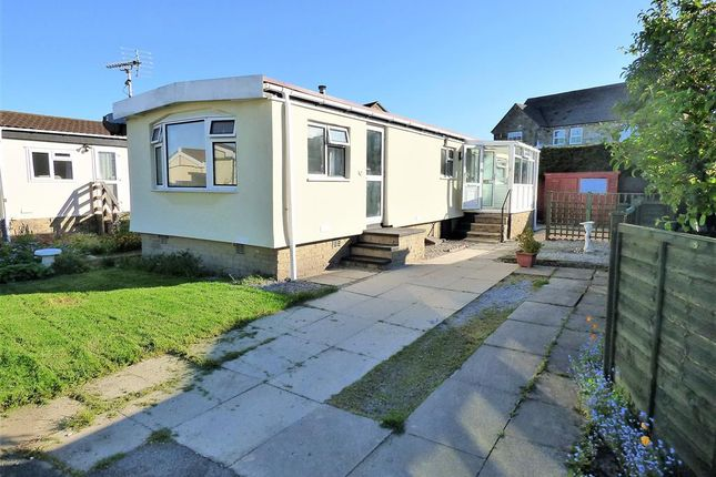 Thumbnail Mobile/park home for sale in The Close, Overdale Park, Skipton