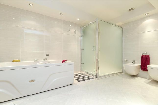 Master Ensuite of Higher Broad Oak Road, West Hill, Ottery St. Mary, Devon EX11