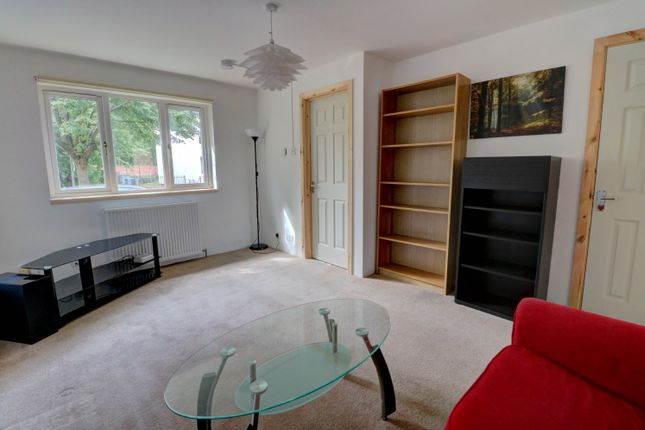 Living Room of Madras Street, Glasgow G40