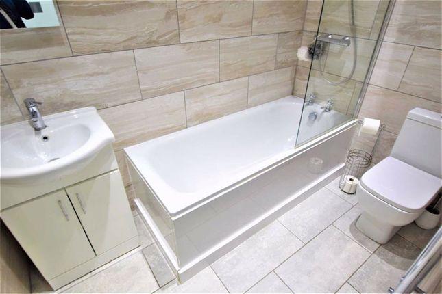 Bathroom of King Street, Stanford-Le-Hope, Essex SS17