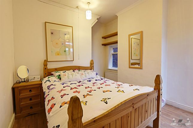 Bedroom of Chesterfield Road, Staveley, Chesterfield, Derbyshire S43