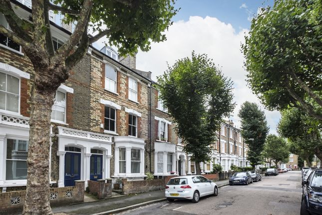 Thumbnail Flat to rent in Stavordale Road, London