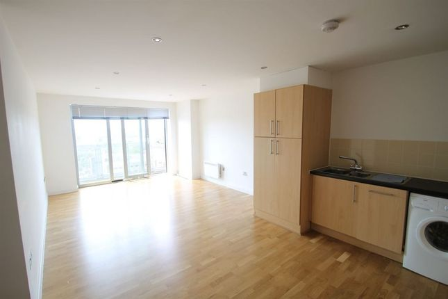 Thumbnail Flat to rent in Navigation Street, Leicester