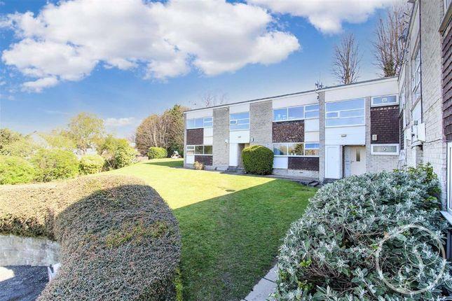 2 bed flat to rent in Woodliffe Court, Chapel Allerton LS7
