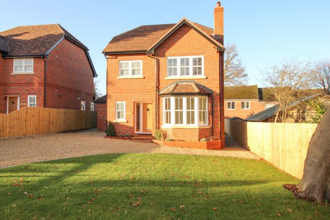 4 bed detached house for sale in Grove Road, Sonning Common