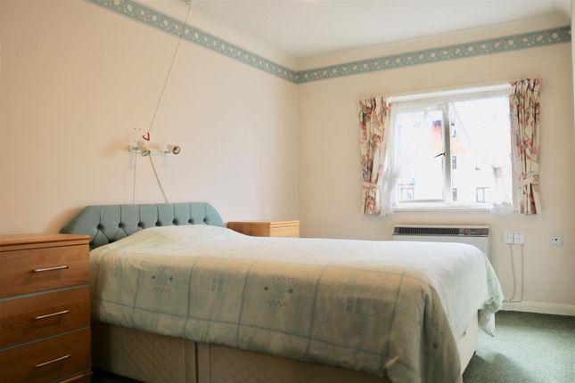 Bedroom 1 of West Street, Gravesend DA11