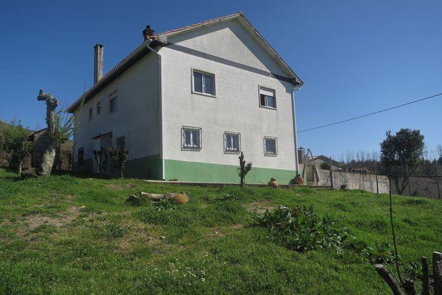 4 bed detached house for sale in Pedrogão Grande, Graça, Pedrógão Grande, Leiria, Central Portugal