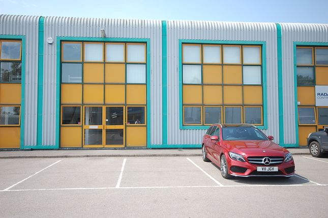 Thumbnail Industrial to let in Cyril Vokins Road, Newbury
