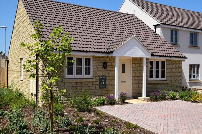 Thumbnail Detached bungalow for sale in Robinscroft, Swindon