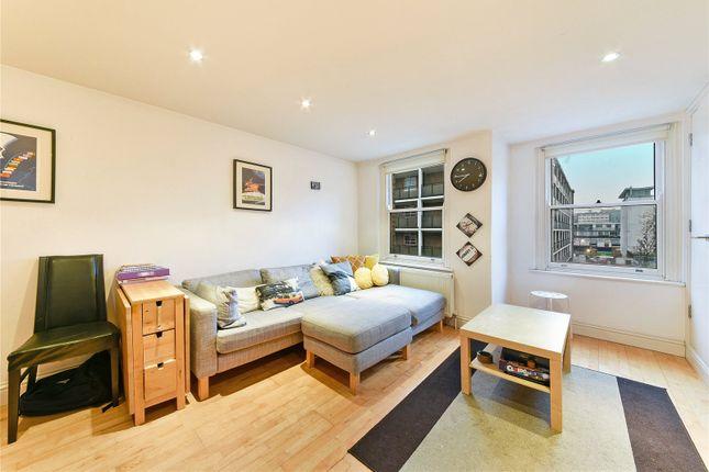 2 bed flat to rent in Whitecross Street, Clerkenwell, London EC1Y