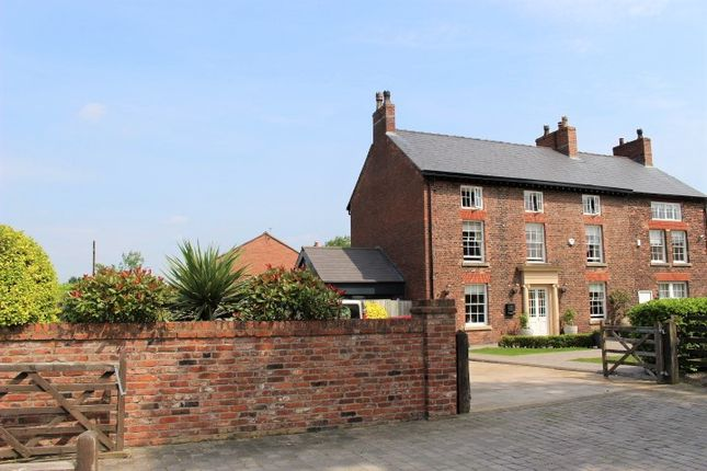 Thumbnail Farmhouse for sale in Higher Green Lane, Astley Green, Tyldesley