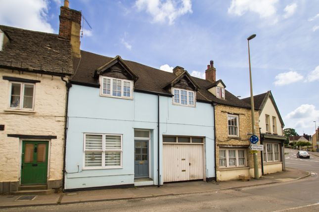 Thumbnail Flat to rent in West End, Witney