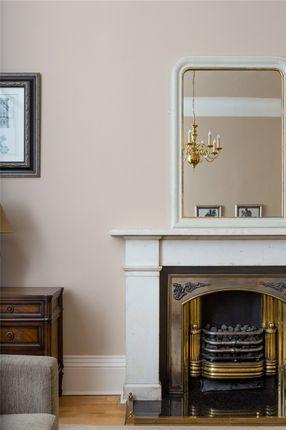 Fireplace of 13.2 Great Stuart Street, New Town, Edinburgh EH3
